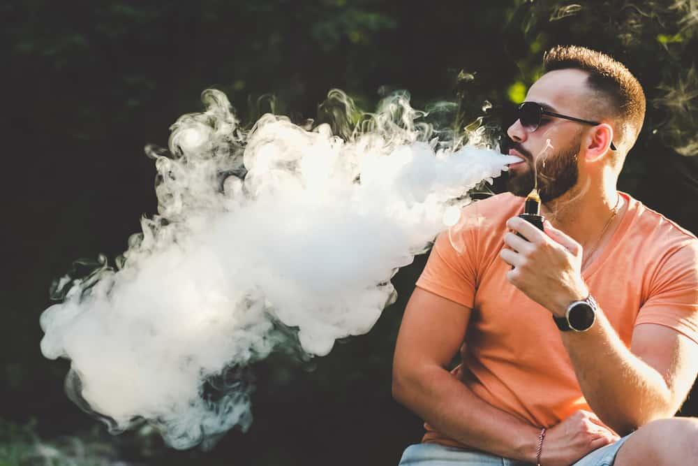 DOES SMOKING A CBD VAPE PEN SMELL LIKE A CIGARETTE?
